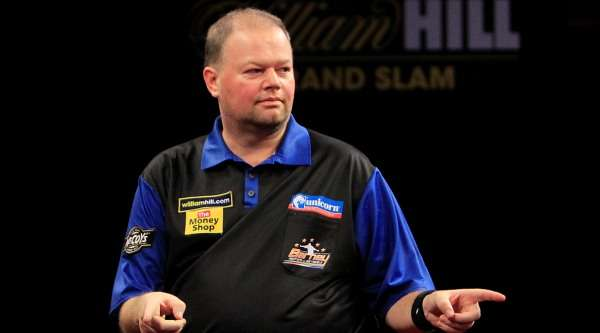 raymond-van-barneveld-william-hill-grand-slam-of-darts-lawrence-lustig-pdc_py9ee2xu56281m8jjq0k90kzg